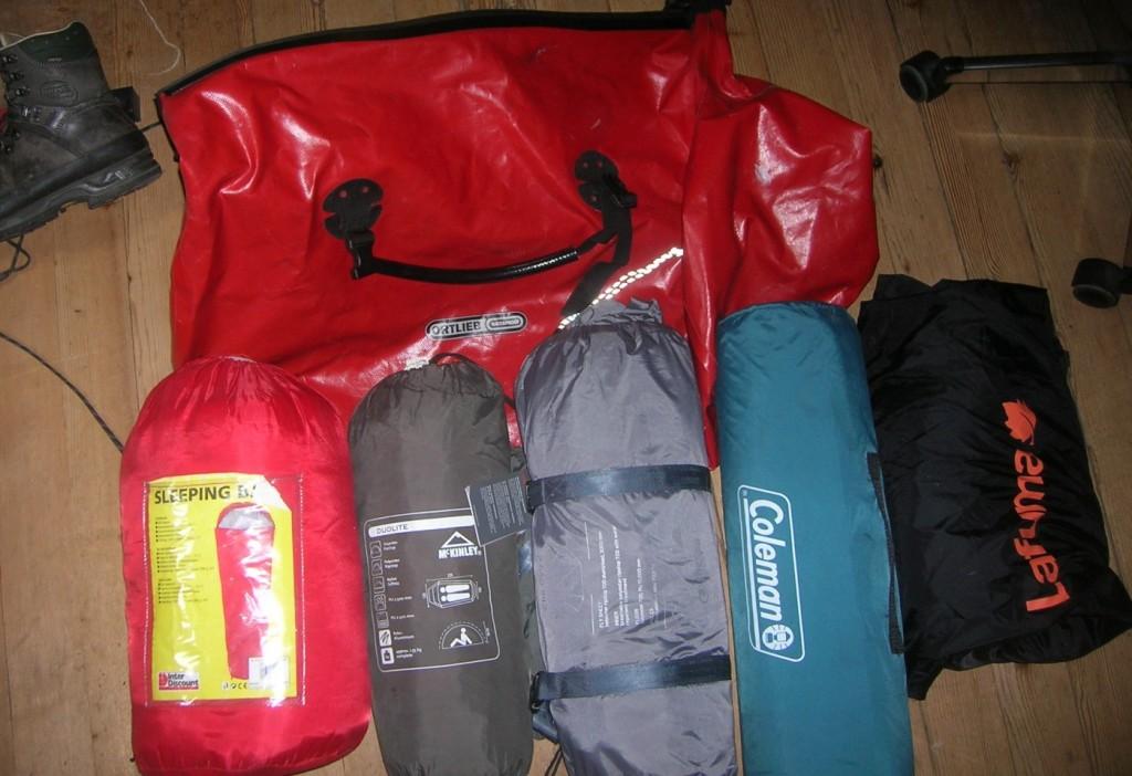 Schlafsäcke, Zelte für meine Bretagne-Reise